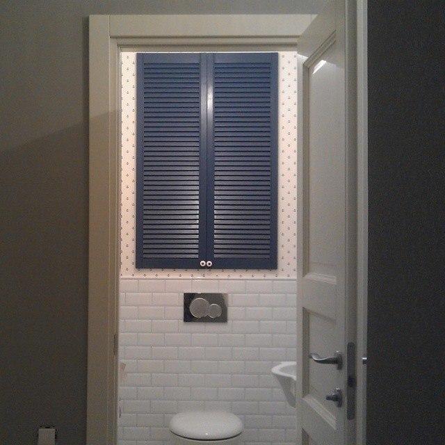 туалетный шкаф функции выполняемые дверцами сантехнических